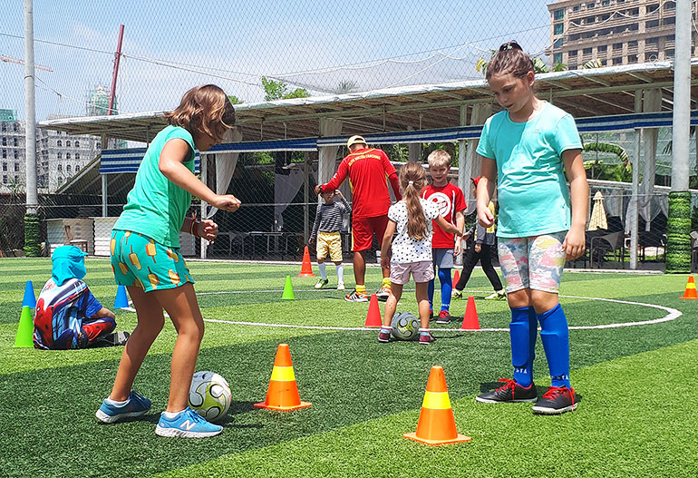 elite-soccer-coaching-cambodia-football-school-holiday-courses-page-main