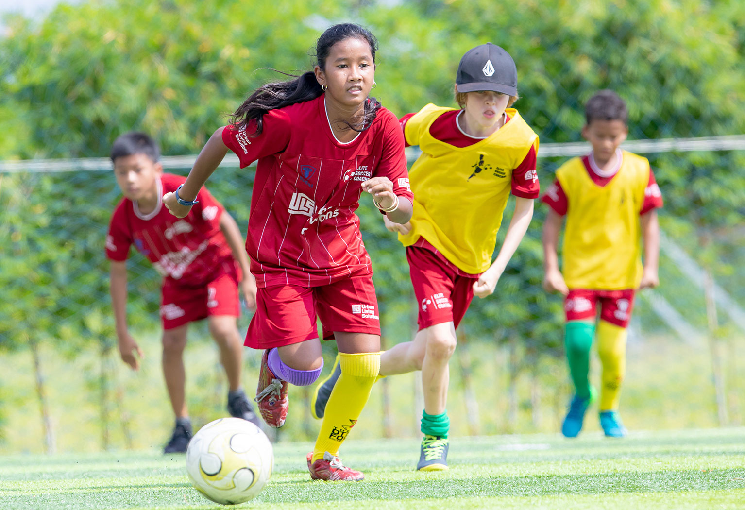 elite-soccer-coaching-football-school-cambodia-11-15