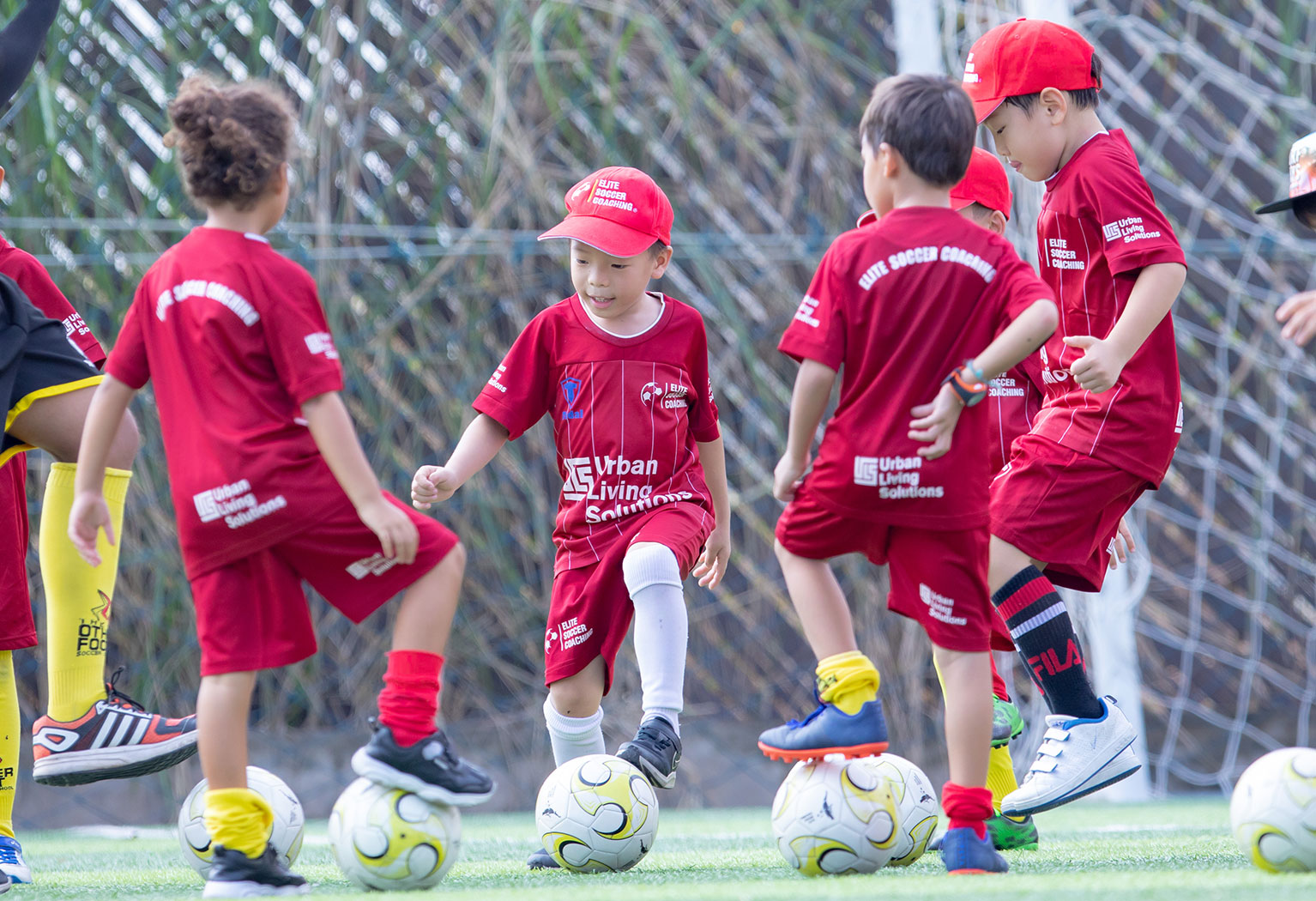 elite-soccer-coaching-football-school-cambodia-5-8